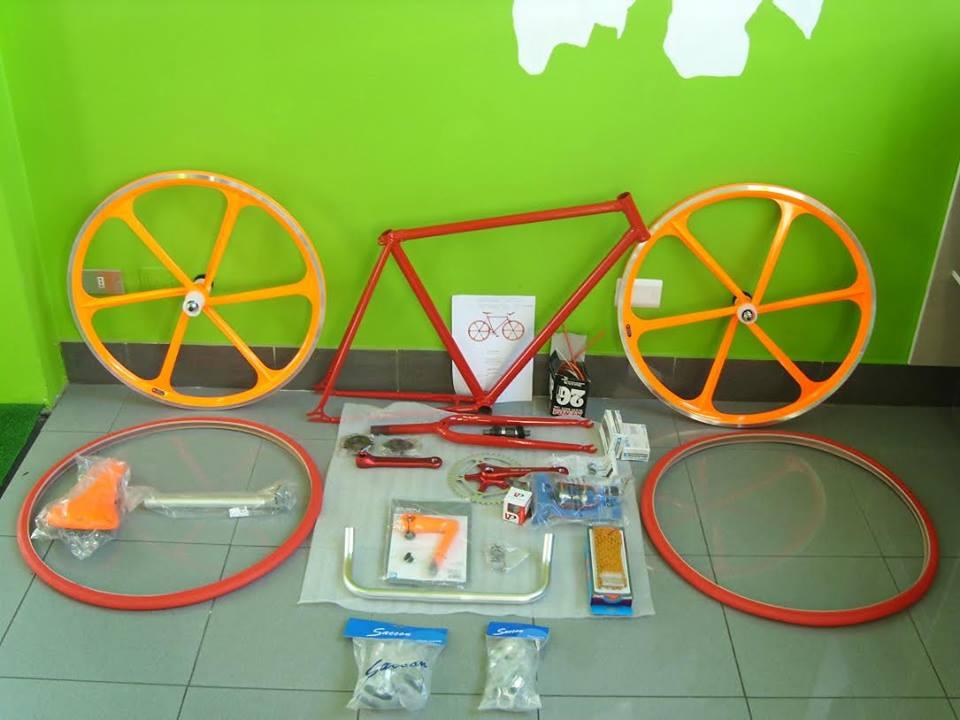 bici-rosso-fuoco